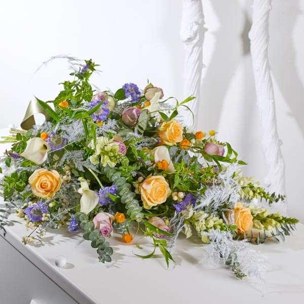 Rouwboeket met lint van Afscheid met Bloemen